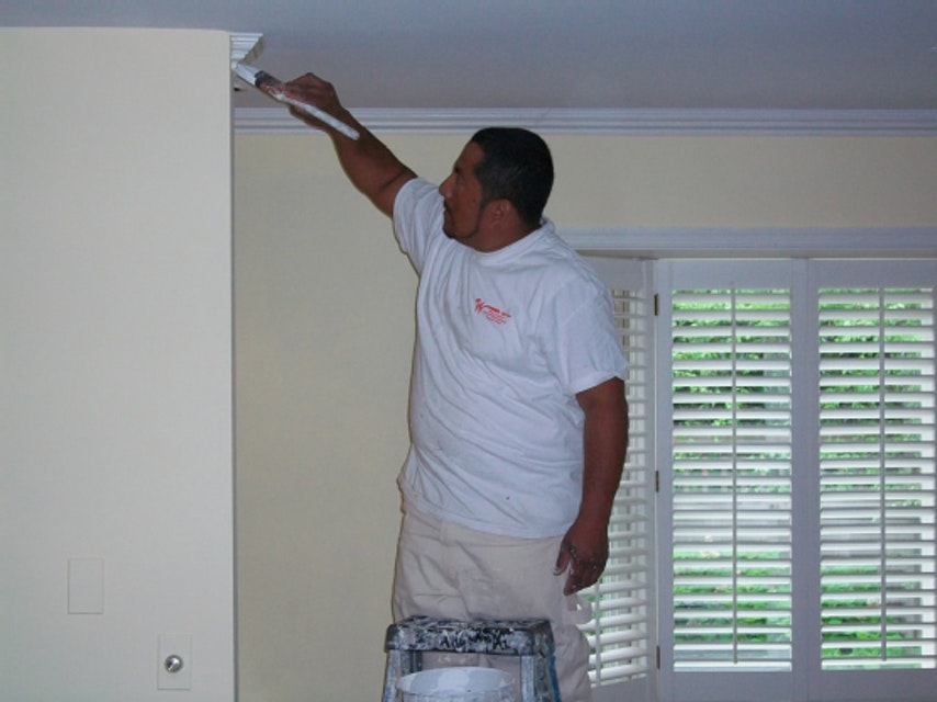 Interior Painting Tips - Keeping Your Lines Clean