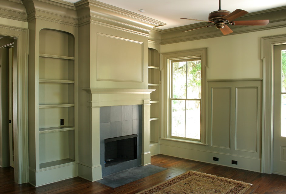 Should I Get Crown Moldings in my House?