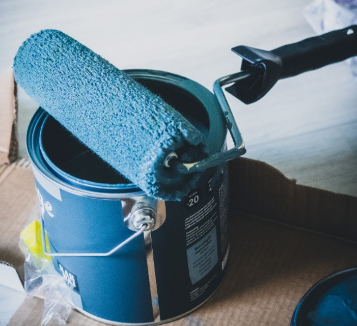 Interior House Painting: Why Go to a Paint Store?