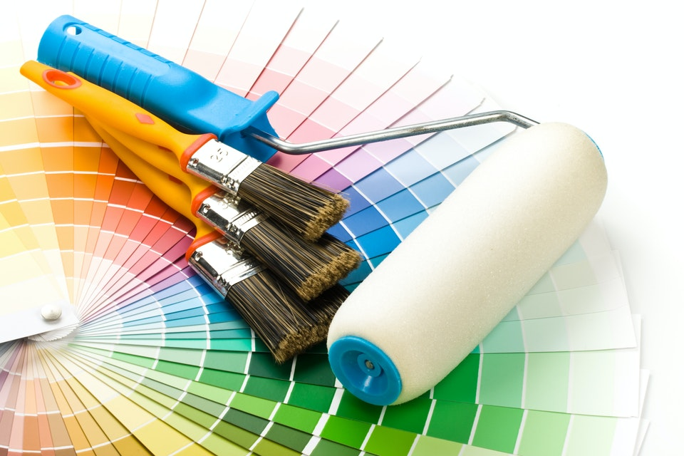 Selecting and Using a Paint Roller Like a Pro