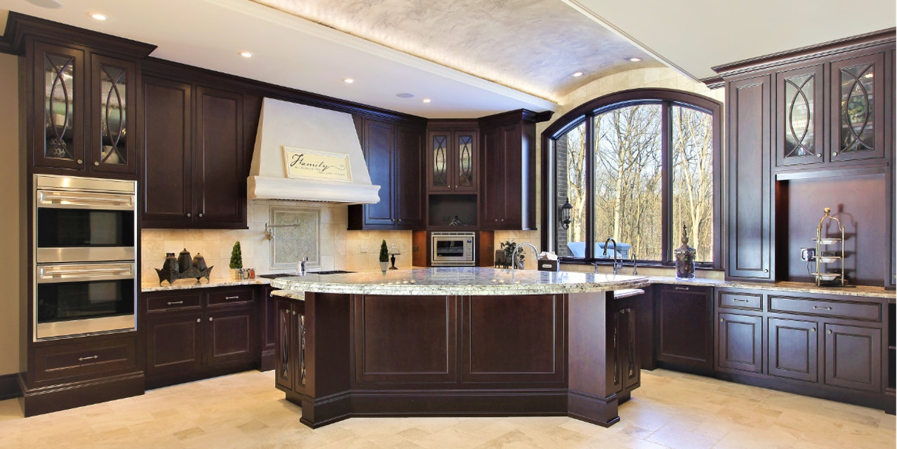 Two Great Ways to Refresh Your Worn-Out Kitchen Cabinets