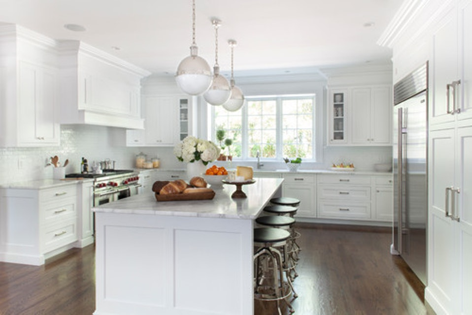 ​Classic Paint Options for Your Kitchen Cabinets