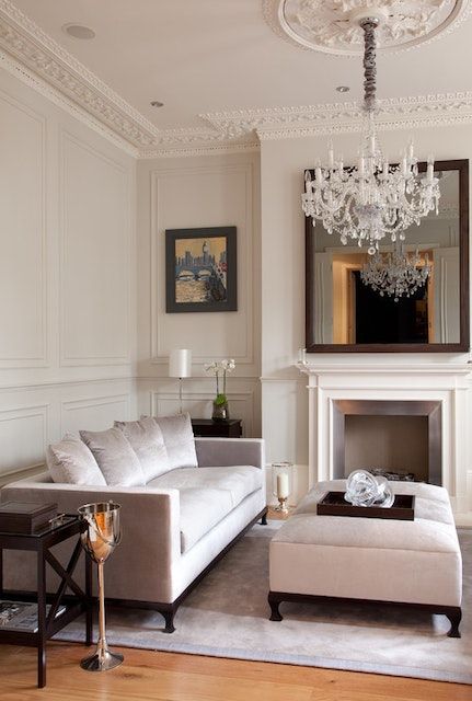 Adding Architectural Interest to the Interior of Your Northern Virginia Home with Molding