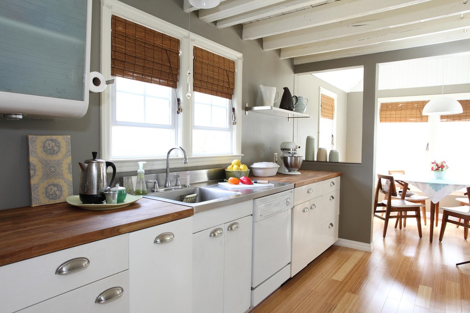 Painting Tips For Falling (Back) In Love With Your Arlington, VA Kitchen
